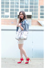White-eye-motif-zara-dress-blue-denim-jacket-h-m-jacket