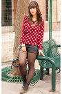 Black-faux-leather-h-m-shorts-brick-red-polka-dots-forever-21-blouse
