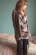 heather gray allsaints cardigan - pink allsaints top - navy allsaints jeans - bl