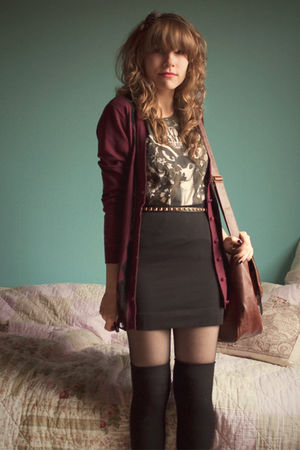 black H&M skirt - brown Ebay bag - black overknee H&M socks