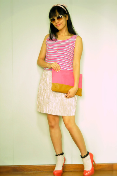 gold Topshop skirt - bubble gum no brand dress - hot pink clutch Bershka bag
