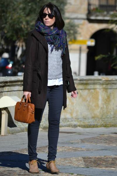 Zara coat - suiteblanco sweater - Stradivarius scarf