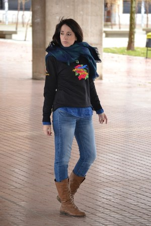 Agudiza tu Ingenio sweatshirt - suiteblanco jeans - Pimkie scarf