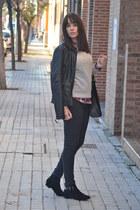 Stradivarius shirt - Shana boots - Bershka jeans - Stradivarius jacket