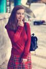 Black-swear-boots-brick-red-vero-moda-sweater