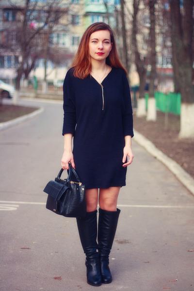 deep purple wool Blue Vanilla dress - black leather new look boots