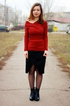 red cotton Front Row Shop blouse - black Front Row Shop skirt