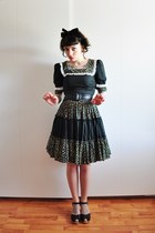 vintage dress - black Swedish Hasbeens clogs