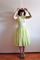 lime green cotton vintage dress - olive green Swedish Hasbeens clogs