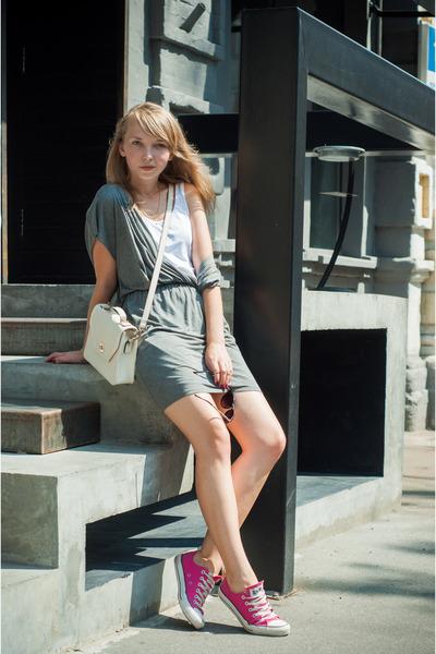 converse shoes mango dresses accessorize bags quot do you