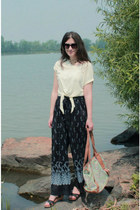 catch dreamer necklace - lime green bag - navy vintage pants - Zara clogs