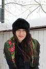 Black-steve-maden-boots-navy-topshop-coat-black-zara-hat