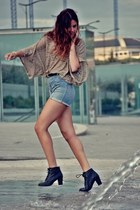 H&M boots - H&M shorts - BLANCO top