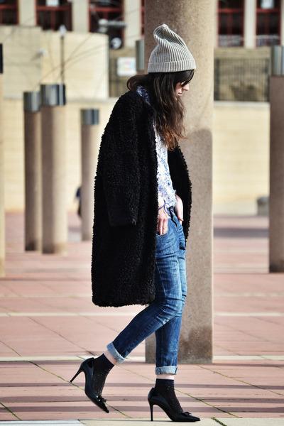 Jolly Chic coat - H&M hat - Zara shirt - patent leather Uterque heels
