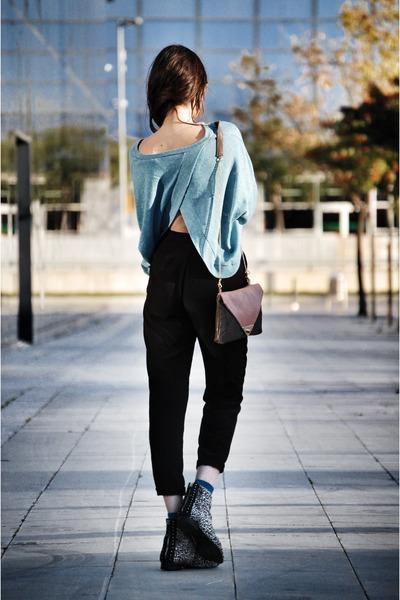 Zara boots - leather Brussosa bag - Massimo Dutti pants - obey sweatshirt
