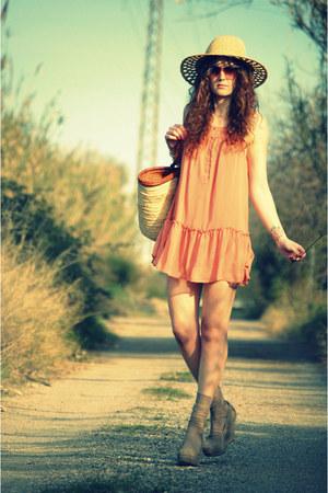 asos shoes - H&M dress - pull&bear hat - Mango glasses