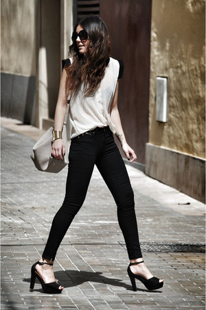 H&M heels - Zara jeans - Zara bag - Club Couture blouse - Zealotries bracelet