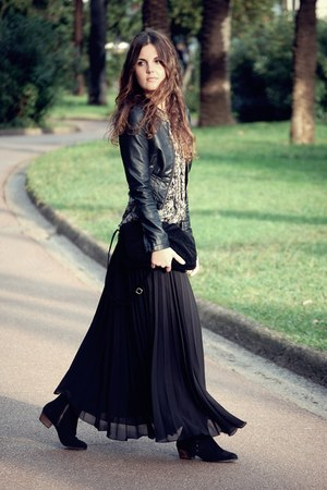 Motel skirt - leather Mango boots - H&M jacket - silk Mango blouse