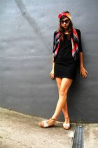 black H&M dress - red aigner scarf - red aigner scarf
