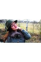 Primark coat - vintage hat - Faux Fur - Dieter Loevenich scarf