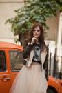 Black-les-eclaires-jacket-beige-alexandra-grecco-skirt
