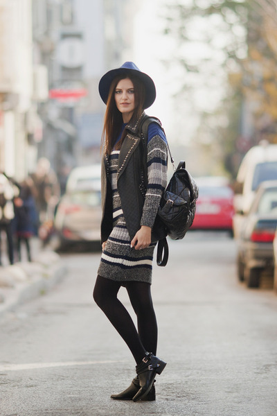 Heather-gray-romwe-dress-black-les-eclaires-jacket