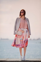 peach Chicwish skirt - light blue Stradivarius jacket