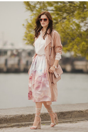 beige Front Row Shop coat - off white Chicwish skirt - tan Pablic Desire heels