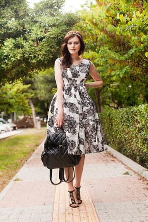 black Chicwish dress - black Chicwish bag