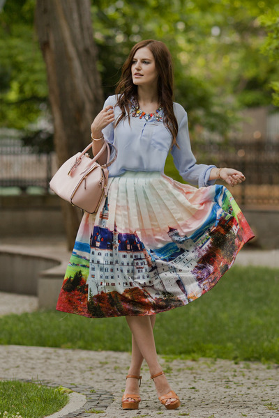 coral Chicwish skirt - sky blue Sheinside blouse