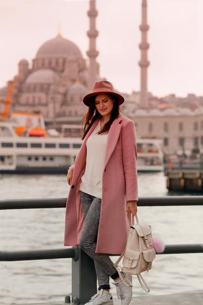 pink romwe coat