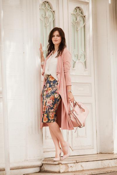 navy windsor skirt - light pink windsor coat