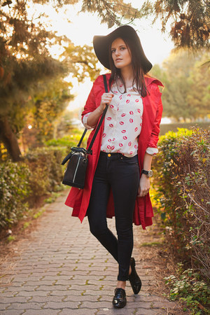 red vintage jacket - black H&M hat - off white BangGood shirt - black Zara pants