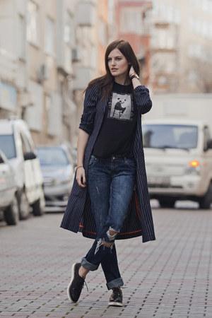 navy Front Row Shop coat - navy Zara jeans - black Zara t-shirt
