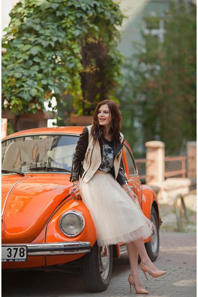 beige alexandra grecco skirt - black Les Eclaires jacket