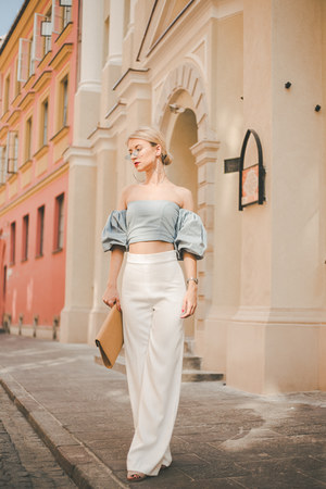 clutch straw Parfois bag - Zara pants - nude suede asos sandals - casio watch