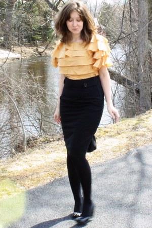 black HUE tights - mustard vintage etsy blouse - black Classiques Entier skirt -