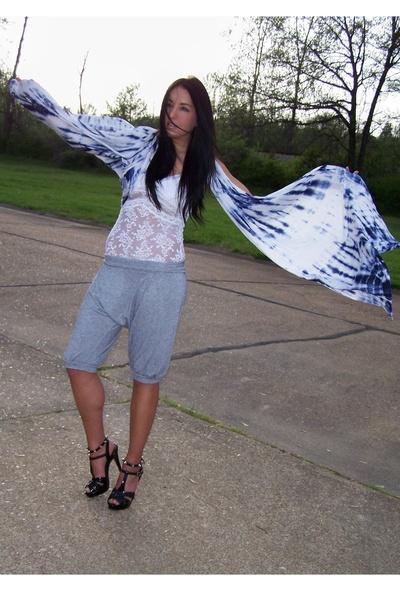 Topshop shorts - forever 21 - BCBGgirls shoes