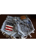 denim studded Levis shorts