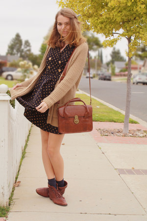 brown satchel Urban Outfitters bag