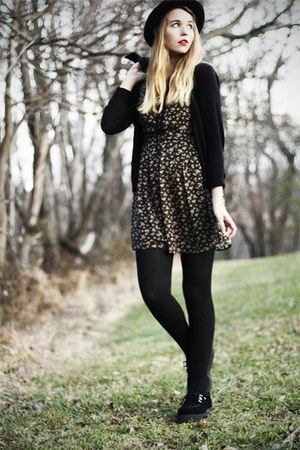 black TUK shoes - black modcloth dress - black H&amp;M cardigan