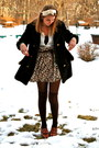Dark-brown-faux-fur-thrifted-coat-dark-brown-steve-madden-socks-brown-vintag