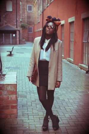 H&M blazer - Primark shirt - Primark skirt - H&M Trend glasses