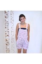 Light-pink-vintage-shorts