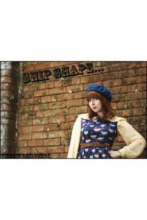 navy boat print Topshop dress - teal woolen H&M hat - brown H&M belt - light yel
