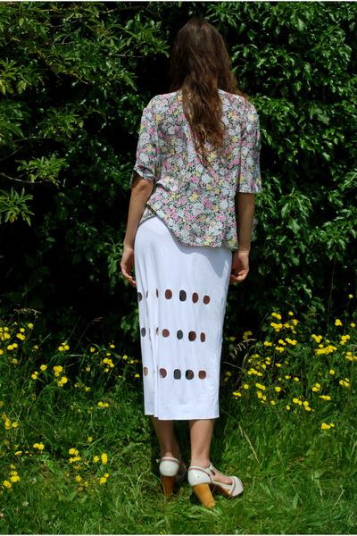 white Oogna East skirt