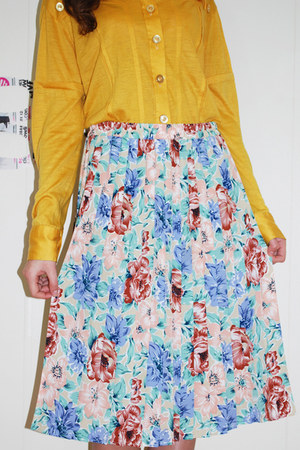 ivory unknown skirt