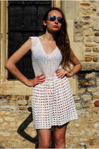 White-oogna-east-dress