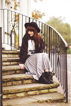 silver warehouse skirt - black leather black new look boots