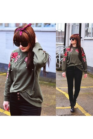forest green Fashion DIY sweater - black jeans new look pants